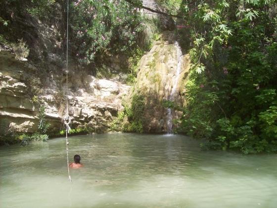 adonis watervallen cyprus