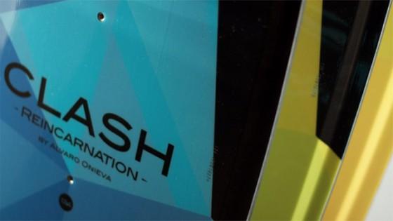 clash kiteboard closeup