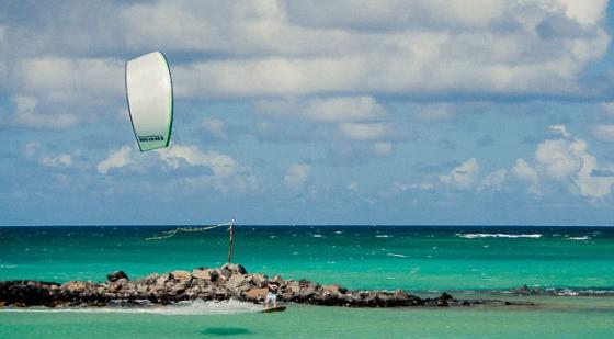 strutless kites